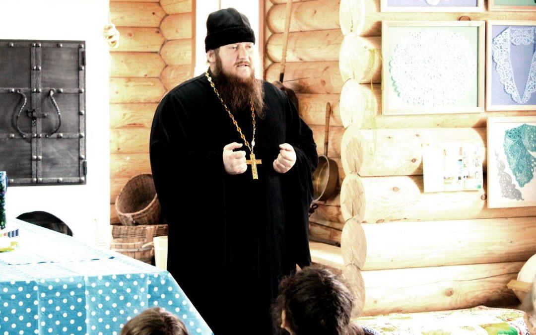 Настоятель монастыря отец Арсений принял участие в открытии конкурса «Моё Пасхальное яичко»
