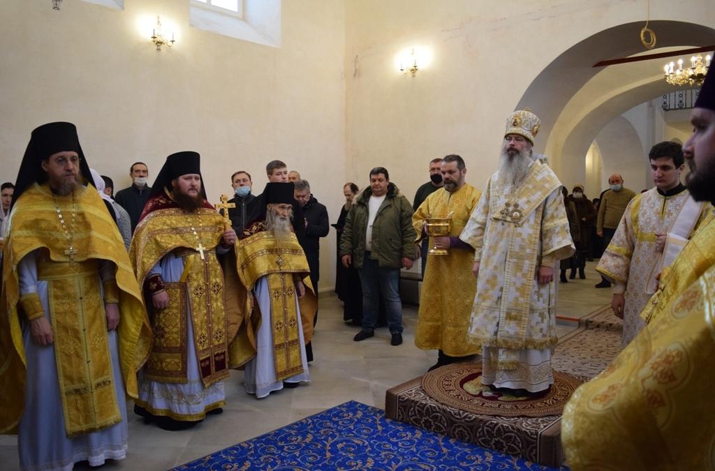 Освящение Свято-Введенского храма монастыря
